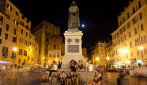 The Square by night and Giordano Bruno, standing in defiance of the Vatican