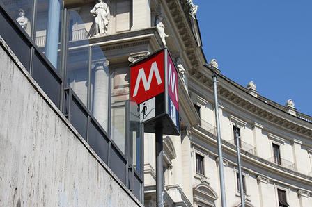 metro-a-ferma-a-roma-2